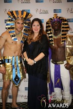 No entourage needed  at the 2014 Internet Dating Industry Awards Ceremony in Las Vegas